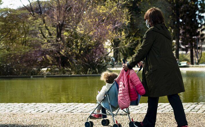 Autorizan las salidas recreativas los fines de semana para los menores