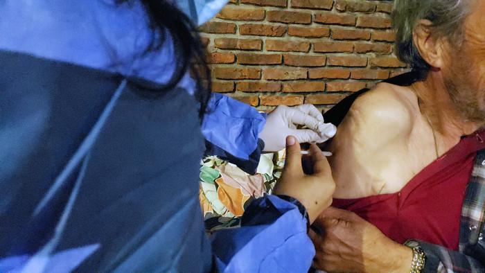Hubo vacunación en la Parroquia San Carlos